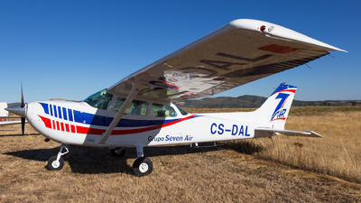 CS-DAL - Cessna R172K Hawk XP - Grupo 7 Air