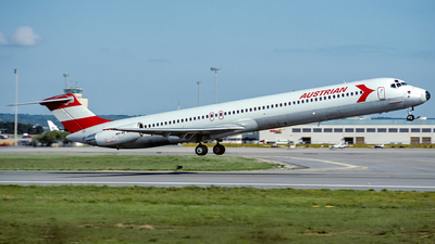 OE-LDY - McDonnell Douglas MD-82 - Austrian Airlines