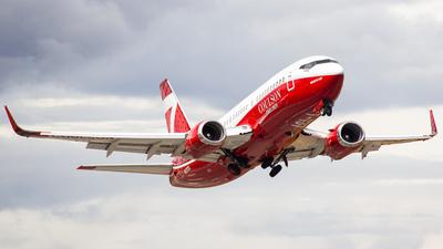 N137CG - Boeing 737-3H4 - Coulson Flying Tankers