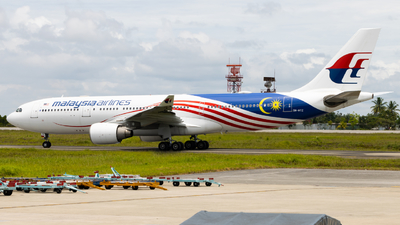 9M-MTZ - Airbus A330-223 - Malaysia Airlines
