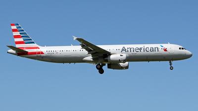N563UW - Airbus A321-231 - American Airlines