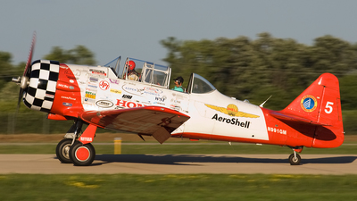 N991GM - North American AT-6C Texan - AeroShell Aerobatic Team