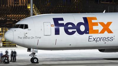N103FE - Boeing 767-3S2F(ER) - FedEx
