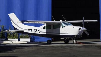 PT-STY - Cessna 210L Centurion II - Private