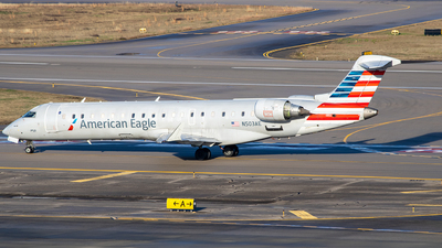 A picture of N503AE - Mitsubishi CRJ701ER - American Airlines - © Dufla Aviation