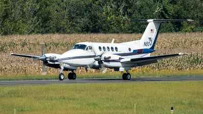 N804 - Beechcraft 200 Super King Air - Private