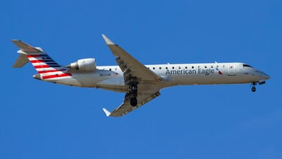 A picture of N521AE - Mitsubishi CRJ701ER - American Airlines - © Jeremy D. Dando