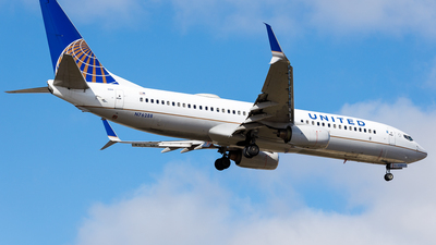 A picture of N76288 - Boeing 737824 - United Airlines - © Martin Pinnau