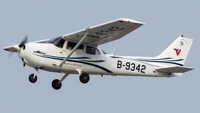 B-9342 - Cessna 172R Skyhawk - Civil Aviation Flight University of China