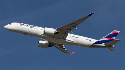 A7-AMC - Airbus A350-941 - Qatar Airways