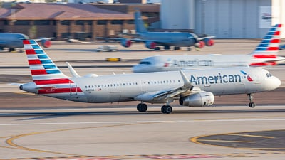 A picture of N166NN - Airbus A321231 - American Airlines - © Alexander Owen