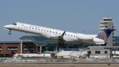 A picture of N27190 - Embraer ERJ145XR - United Airlines - © DJ Reed - OPShots Photo Team