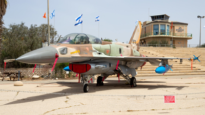879 - Lockheed Martin F-16I Sufa - Israel - Air Force