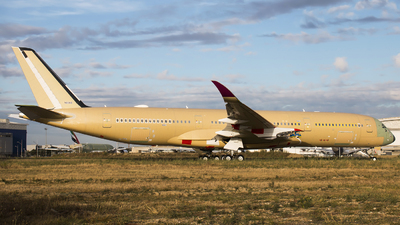 F-WZNM - Airbus A350-941 - Qatar Airways