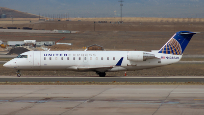 A picture of N435SW - Mitsubishi CRJ200LR - United Airlines - © Ethan Peters