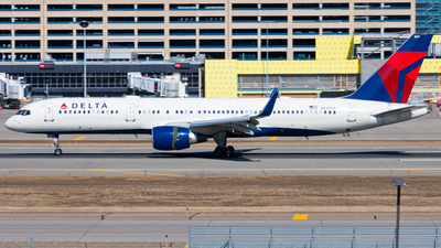 A picture of N547US - Boeing 757251 - Delta Air Lines - © Nicholas Ambrosecchia
