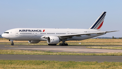 A picture of FGSPI - Boeing 777228(ER) - Air France - © X Pan