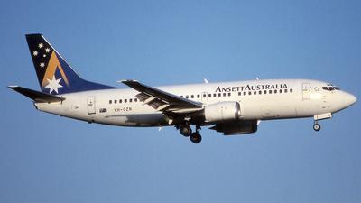 VH-CZN - Boeing 737-377 - Ansett Australia