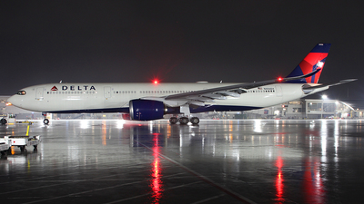 A picture of N406DX - Airbus A330941 - Delta Air Lines - © MT Aviation photo & Film