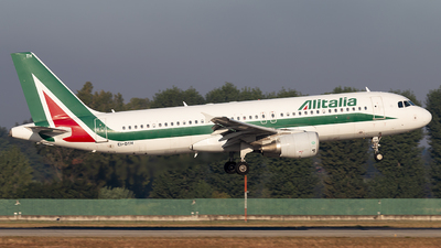 EI-DTH - Airbus A320-216 - Alitalia