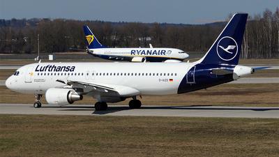A picture of DAIZD - Airbus A320214 - Lufthansa - © Hugo Schwarzer