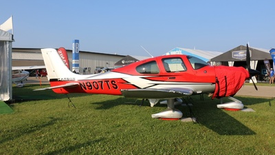 N907TS - Cirrus SR22T-GTS G6 Carbon - Private