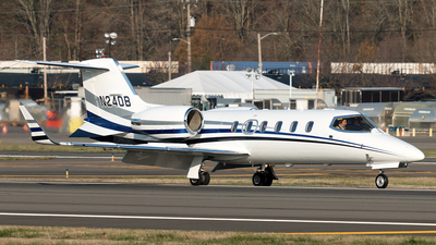 N240B - Bombardier Learjet 31A - Private
