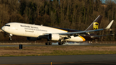 A picture of N305UP - Boeing 76734AF(ER) - UPS - © Russell Hill