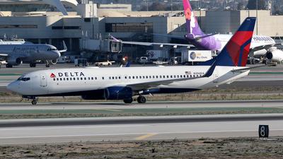 N396DA - Boeing 737-832 - Delta Air Lines