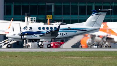 G-REXA - Beechcraft 200 Super King Air - RVL Aviation