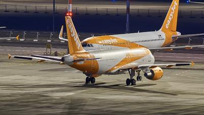 OE-LQP - Airbus A319-111 - easyJet Europe