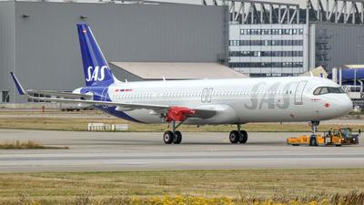D-AZAS - Airbus A321-253NX - Scandinavian Airlines (SAS)