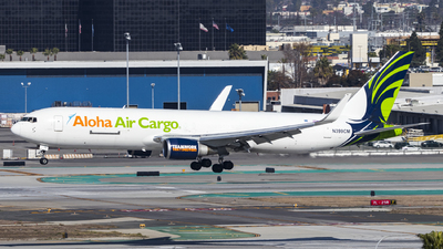 A picture of N399CM - Boeing 767323(ER)(BDSF) - Aloha Air Cargo - © David Lee