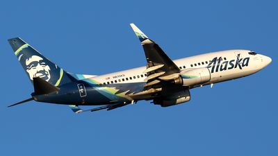 A picture of N611AS - Boeing 737790 - Alaska Airlines - © Huy Do