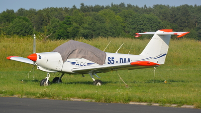 A picture of S5DAA - Piper PA38112 - [3878A0476] - © Davor