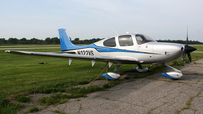 N122VS - Cirrus SR22-GTS G5 Carbon - Private
