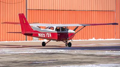 A picture of N8979V - Cessna 172M Skyhawk - [17264335] - © Miles Aronovitz
