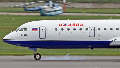 RA-42421 - Yakovlev Yak-42D - Izhavia