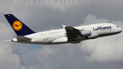 D-AIMC - Airbus A380-841 - Lufthansa