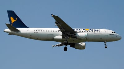 EI-DSI - Airbus A320-216 - Air One