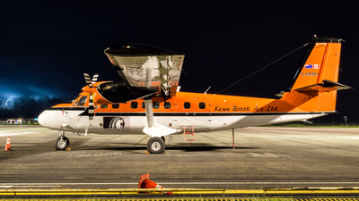 C-GKBH - De Havilland Canada DHC-6-300 Twin Otter - Kenn Borek Air