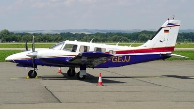 D-GEJJ - Piper PA-34-220T Seneca III - Private
