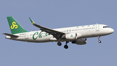 A picture of B8327 - Airbus A320214 - Spring Airlines - © jehrenstoneman