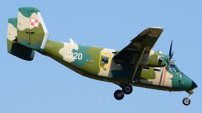0220 - PZL-Mielec M-28B/PT Skytruck - Poland - Air Force