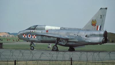 XS459 - English Electric Lightning T.5 - United Kingdom - Royal Air Force (RAF)