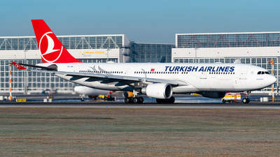 TC-JNA - Airbus A330-203 - Turkish Airlines