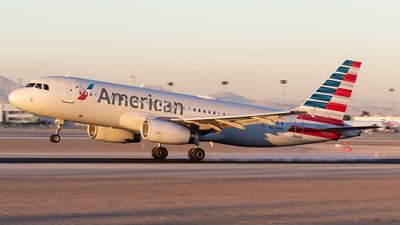 A picture of N673AW - Airbus A320232 - American Airlines - © Felipe García