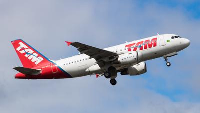 PR-MYC - Airbus A319-112 - TAM Linhas Aéreas