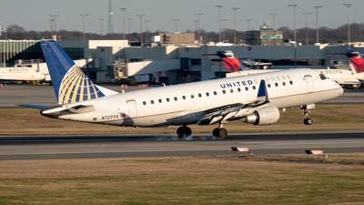A picture of N727YX - Embraer E175LR - United Airlines - © Yan777