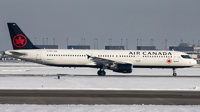 A picture of CGITY - Airbus A321211 - Air Canada - © Sean Brink